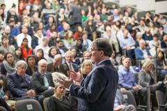 A large crowd attended Professor Jacks's lecture; photo: Sham Sthankiya